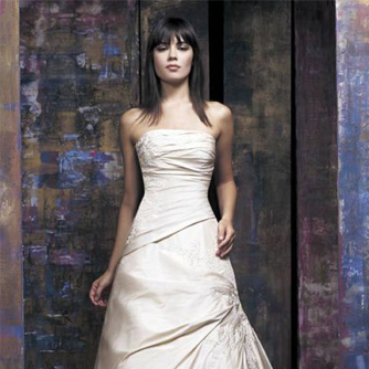 Pronovias婚纱礼服
